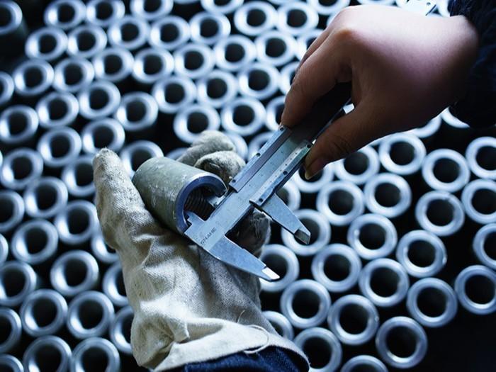 常州冷拔无缝钢管厂家解析在生产造成缺陷的因素