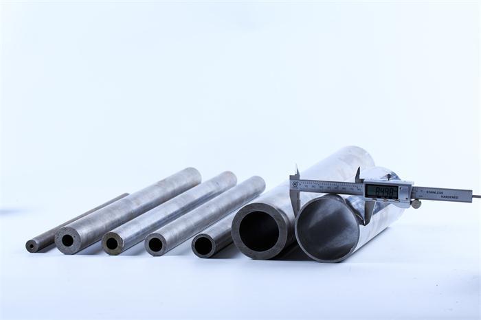 无缝钢管壁厚允许偏差一般是多少