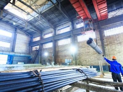 环保压制下的无缝钢管生产厂家价格变化