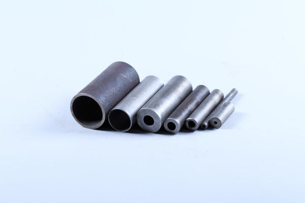 如何避免无缝钢管生产过程中产生的麻点、凹坑等缺陷