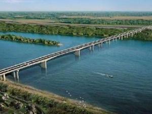塞尔维亚泽蒙-博尔察大桥